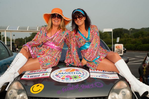 Car 7 - Hippy Chicks